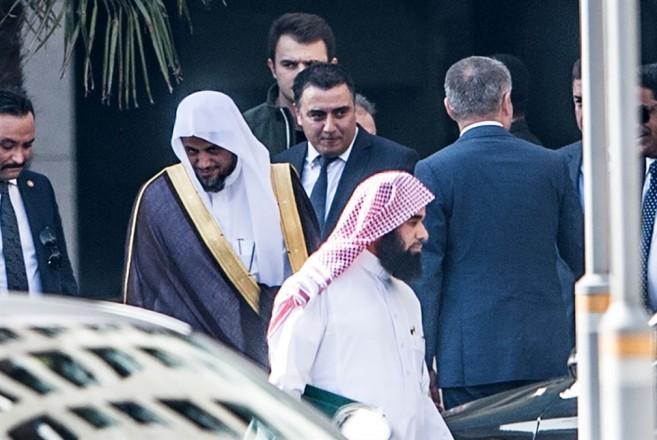 5a7316091 توازياً مع ضغطها على السعودية بإشكاليتَي «أمر القتل» و«الجثة»، انتقلت تركيا  إلى مربع جديد في تعاملها مع قضية جمال خاشقجي، محذرة من «مماطلة لإنقاذ شخص  ما».