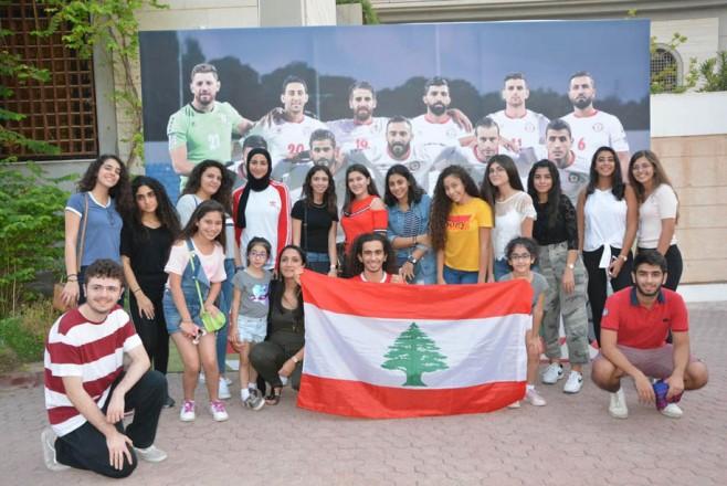 استقبال المنتخب في سفارتنا في الكويت
